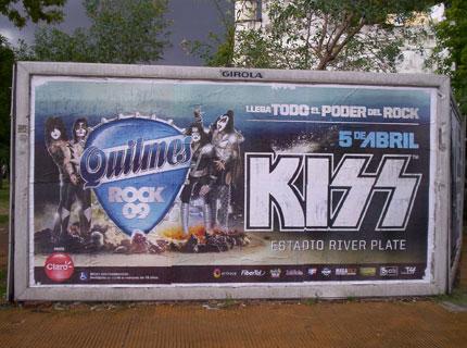 afichekissbsas2009